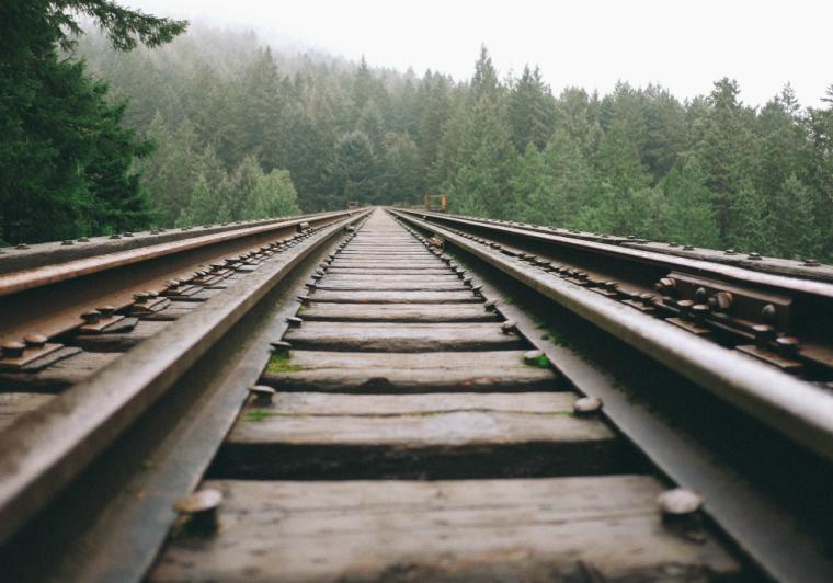 railroad-760x532
